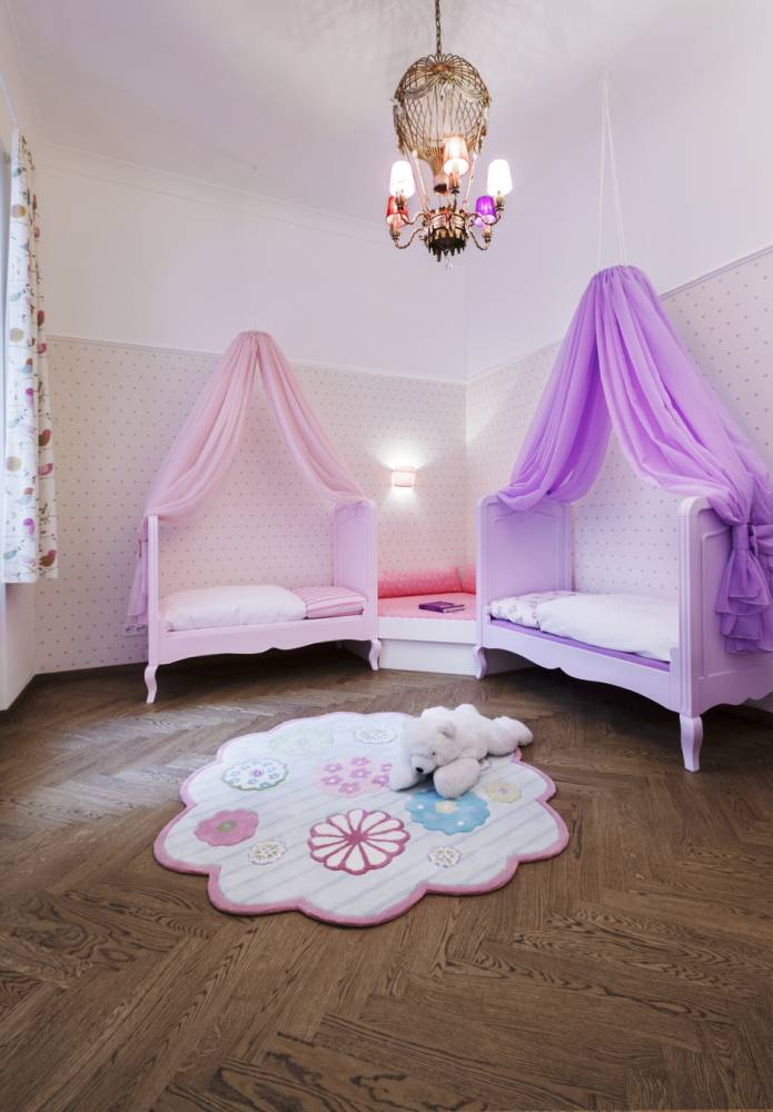 girl's bedroom-princess style kid's bedroom-kid's room design Vienna-children's room design Vienna
