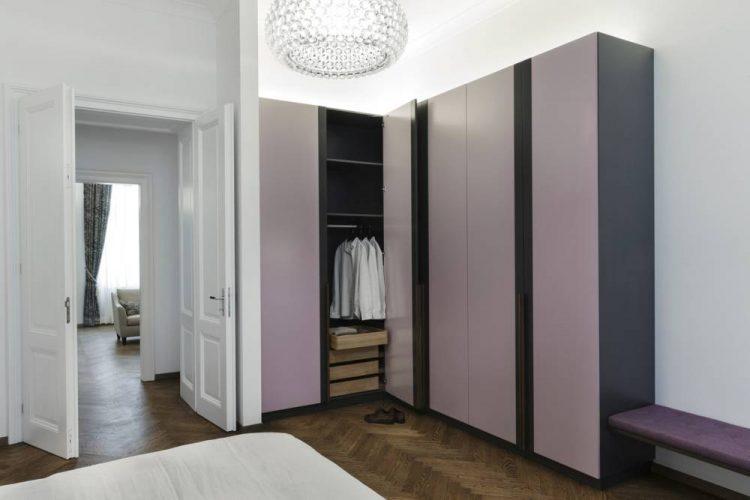 Kleiderschrank lila-Schlafzimmer Möbel nach Maß Wien-Möbel Design Wien